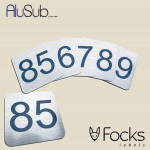 Nummerbordjes met oplopende nummerreeks, AluSub aluminium, bedrukking in topcoating, krasvast en bestand tegen chemisch reinigen