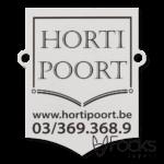 Merklabel Hortipoort, voor toegangspoorten, geanodiseerd aluminium, zwart bedrukt, slijtvast in het aluminium, contour gefreesd, met boorgaten.