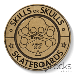 Merklabel Skills or Skulls, voor skateboards, antiek look