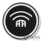 Naamlabel voor zendapparatuur, geanodiseerd aluminium, zwart bedrukt, slijtvast in het aluminium, contour gefreesd met facetrand, voorzien van kleeflaag.