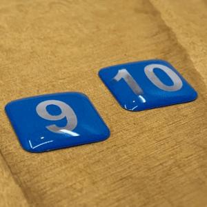 domstickers gebruiken als nummerlabels